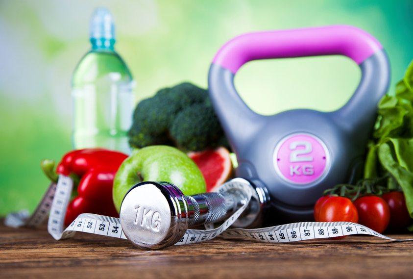 dietas para bajar de peso con jugo de limon