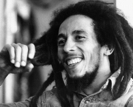 Bob Marleyfrases Sobre La Mujer Llenas De Razón