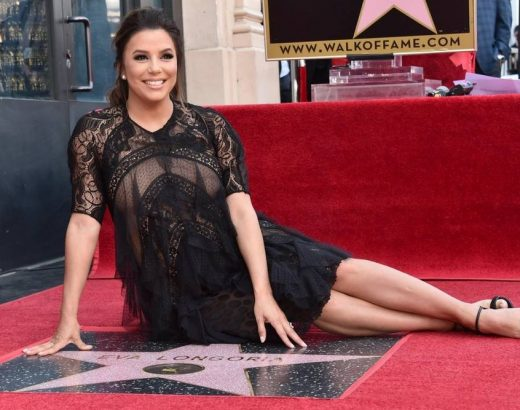 Eva Longoria recibe su estrella en Hollywood