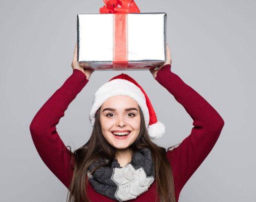 ¿Intercambio de Navidad? Envuelve tus regalos como una profesional